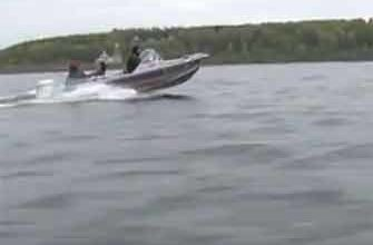 Ловля щуки с лодки на спиннинг видео
