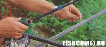 Подергиванием лески рыба провоцируется на поклевку